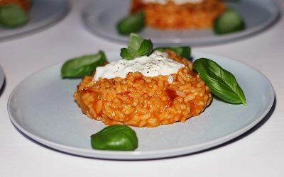 Risotto in tomatensaus met burrata