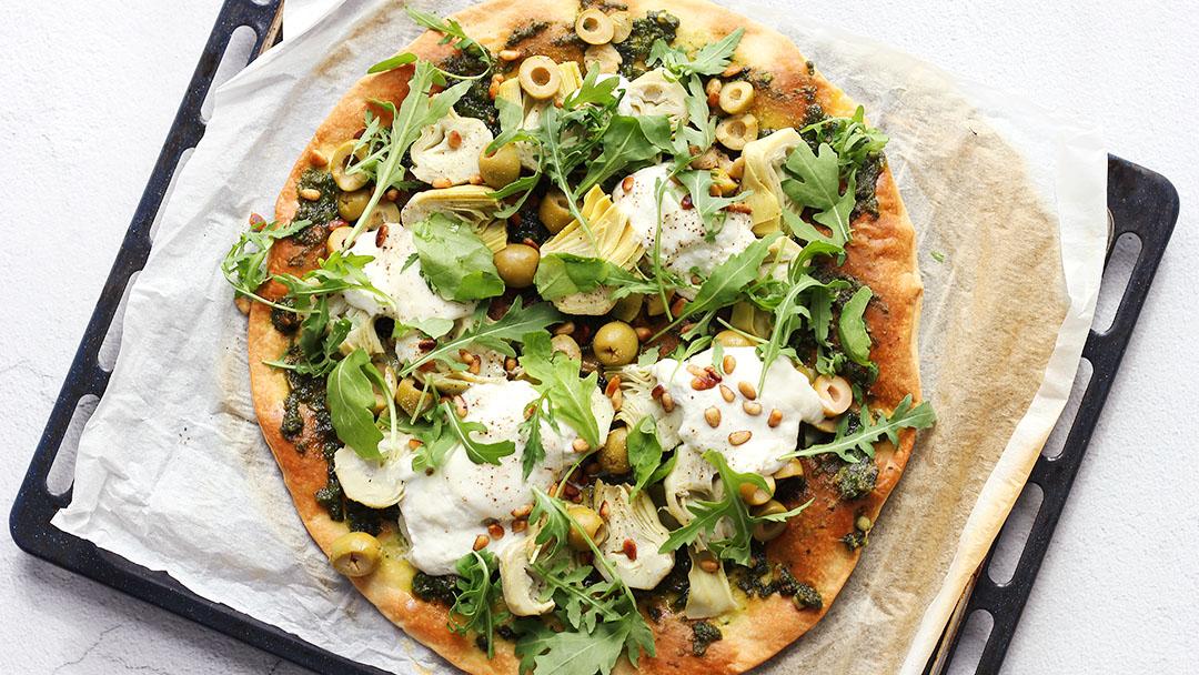 1. Pizza met burrata en artichok