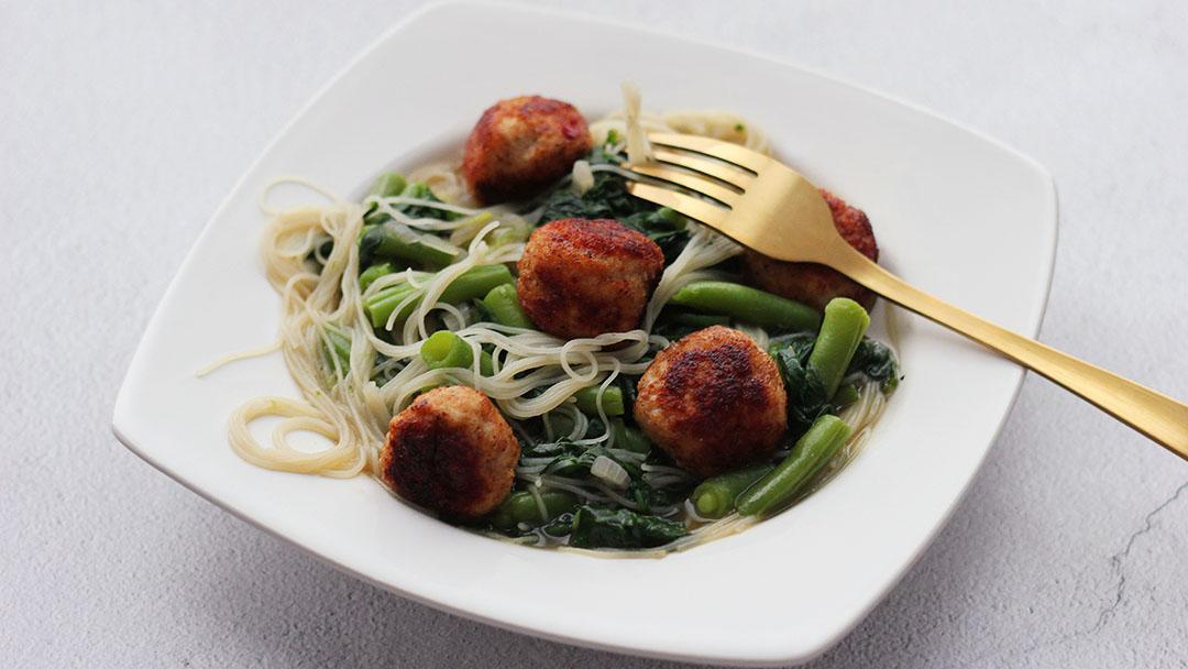 3. Oosterse soep met kipballetjes