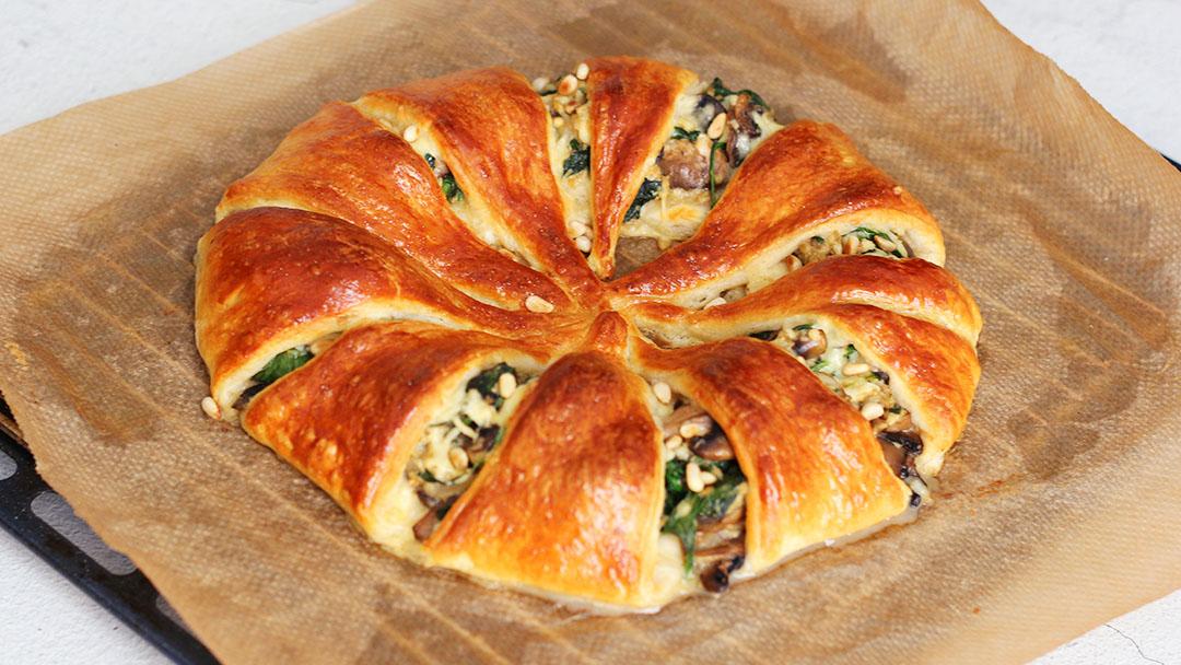 1. Gevulde croissant krans