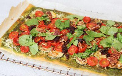 Plaattaart met spinazie-pesto en courgette