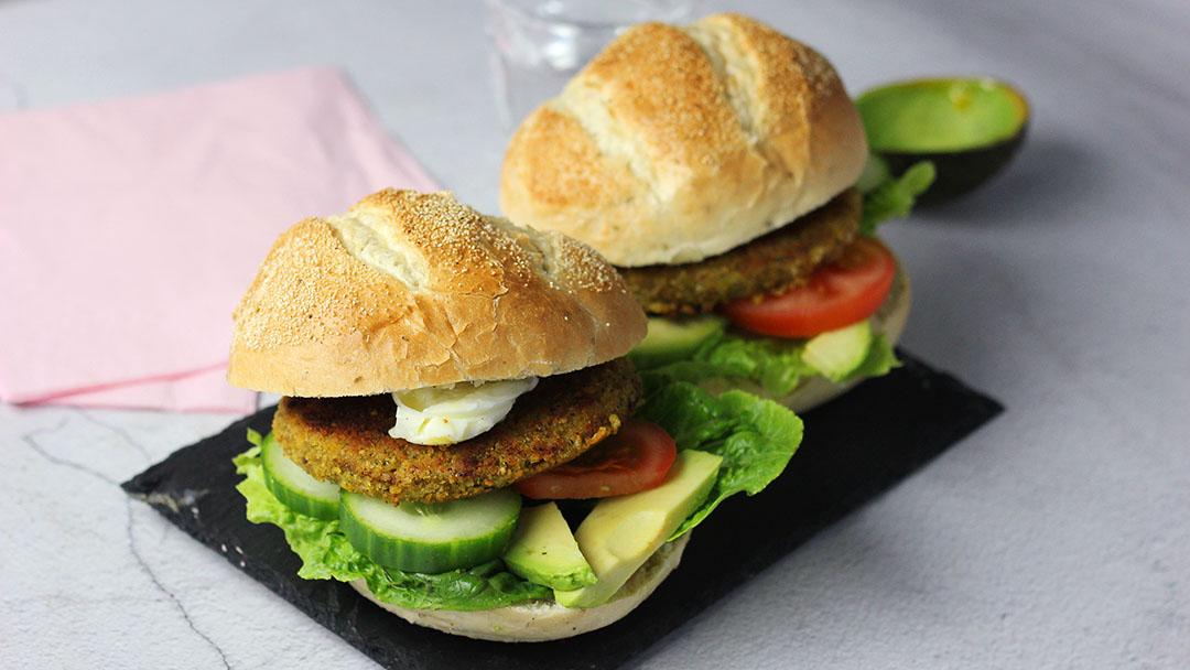 Broodje falafel burger