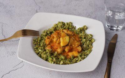 Kip curry met broccolirijst