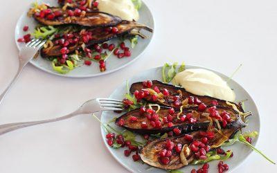 Aubergine met kerrieyoghurt van Ottolenghi